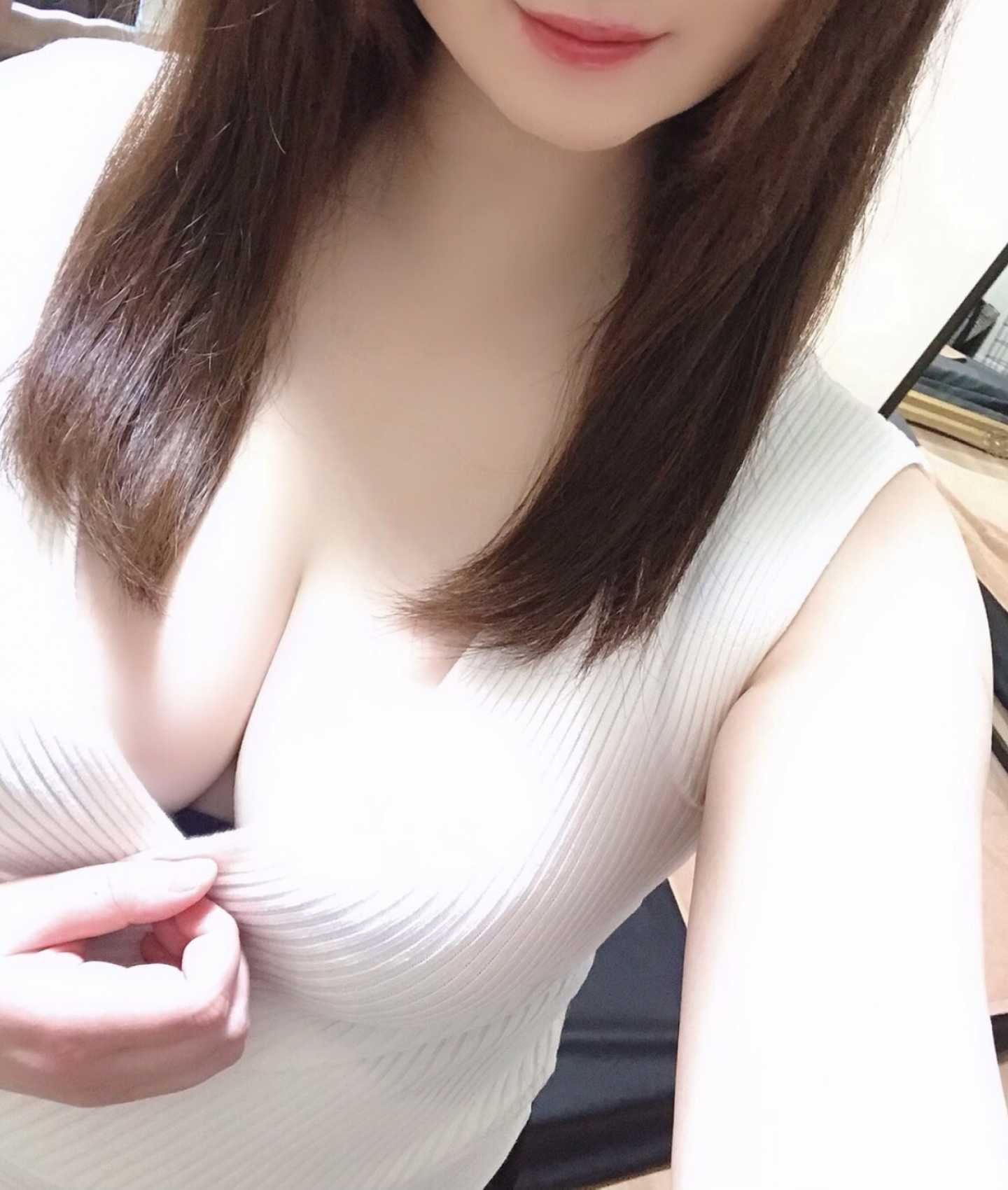 新宿メンズエステ Five Star Tokyo~ファイブスター東京 りか